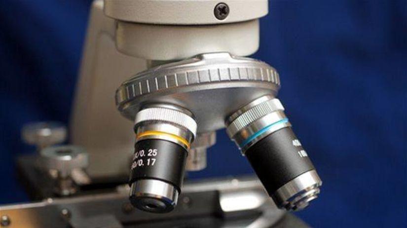 Mikroskop (ilustračné foto)