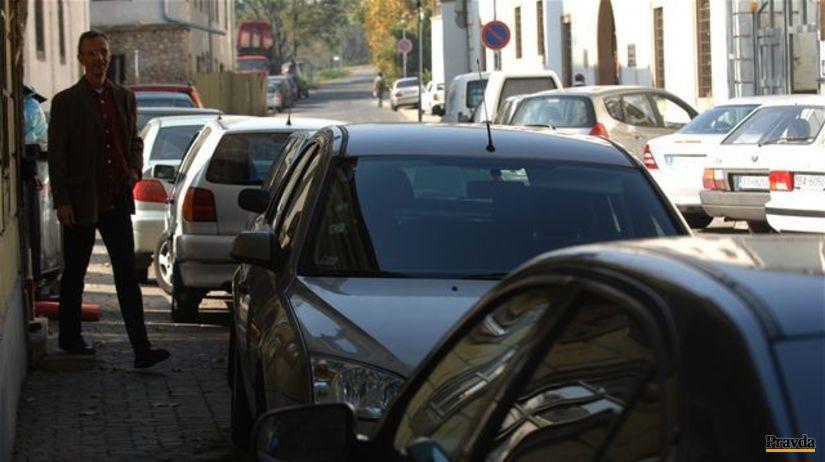 parkovanie, autá, chodník,
