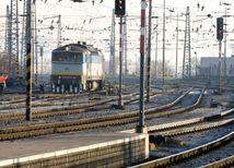 vlak, železnice, trať, koľaje