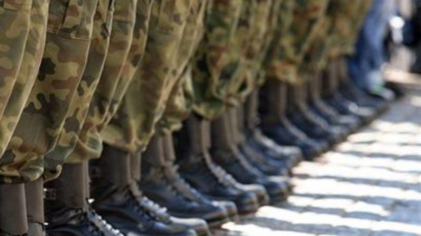 Armáda, vojna, topánky