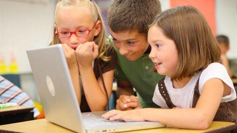 deti, školáci, žiaci, počítače