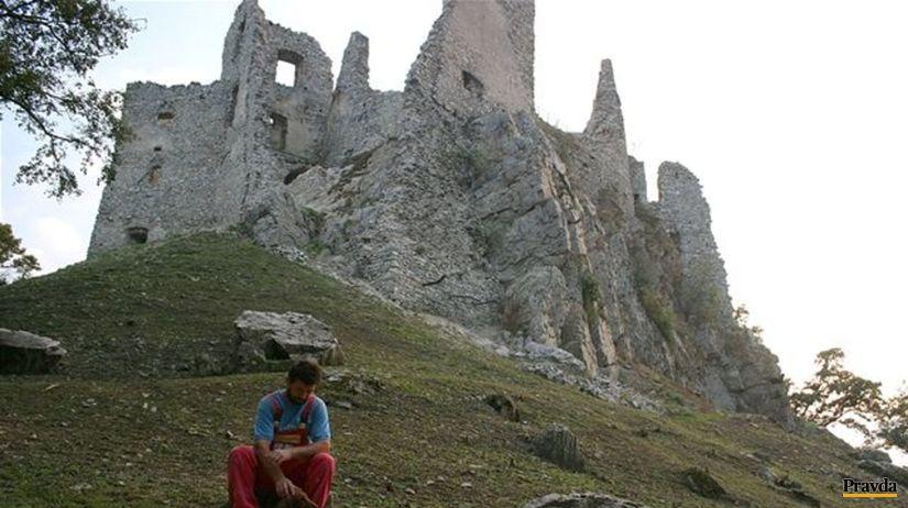 Hrušov, hrad, zrúcanina