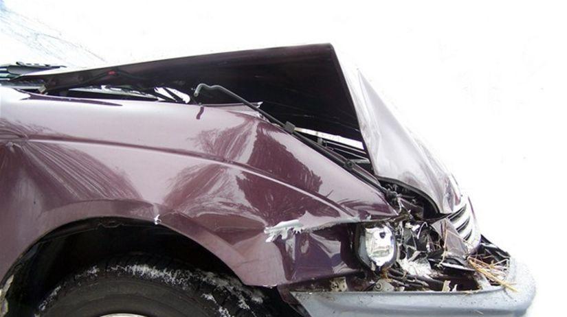 nehoda, dopravná, pzp, búračka, auto