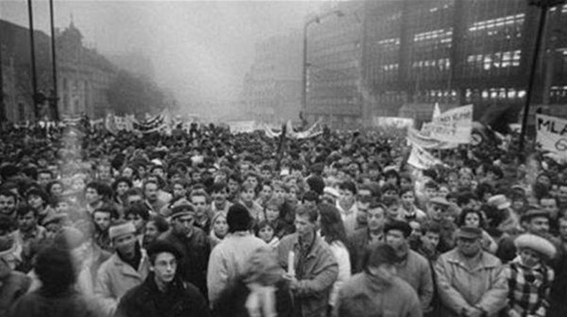Revolúcia v Bratislave.