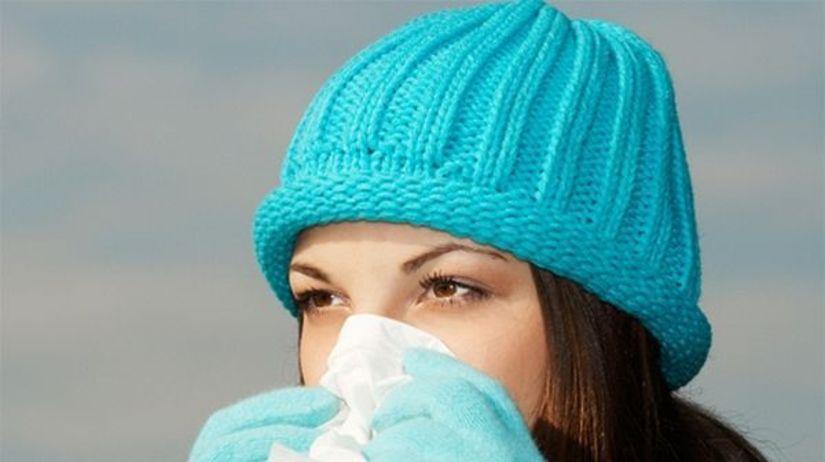 žena, chrípka. nádcha, kašeľ