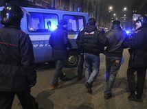 Polícia, policajti, Taliansko, Miláno