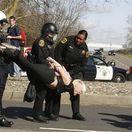 polícia, študent, zadržanie,