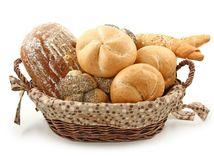chlieb - pečivo - rožok - košík - sacharidy - cereálie - celozrnné výrobky