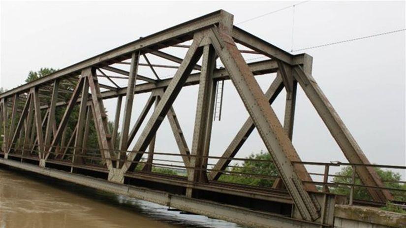 Povodeň, Záplavy, Šurany