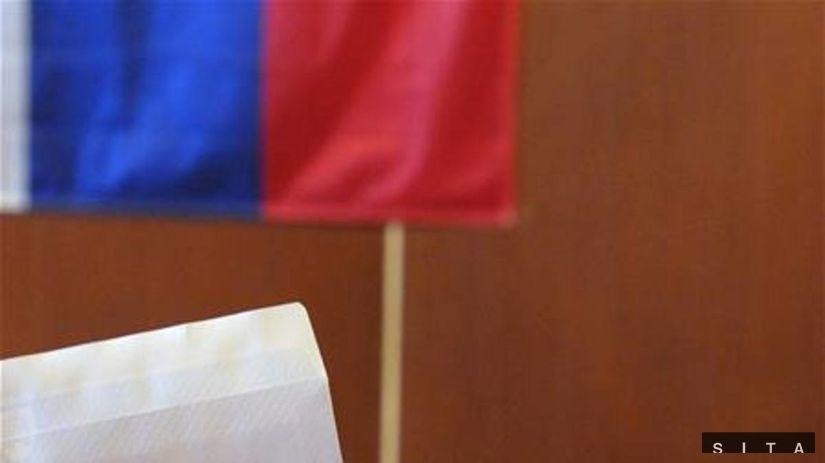 voľby, volebné miestnosti, urna, voliči