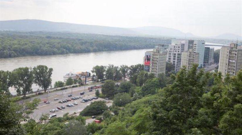 les, Dunaj