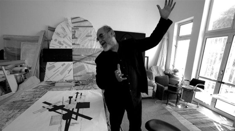 Rudolf Sikora vo svojom ateliéri