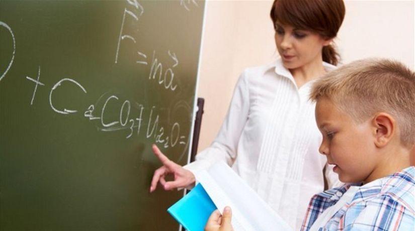 učiteľ, žiak, škola, tabuľa