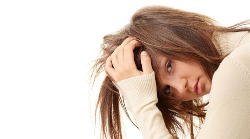 depresia - samota - smutné dievča - dezilúzia