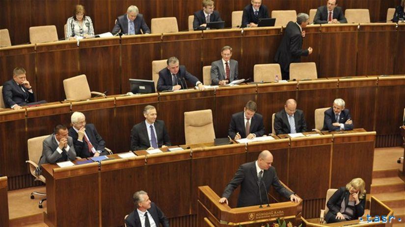 parlament, poslanci, ministri, národná rada