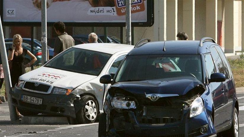 nehoda, havária, pzp, auto, poistenie, povinné...