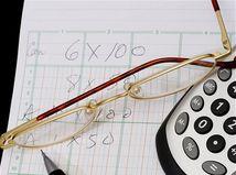 dane, poistenie, odvody, výpočer, okuliare, kalkulačka