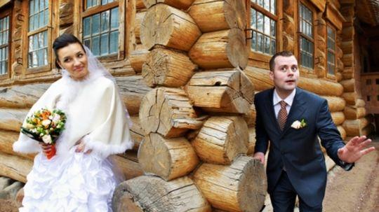 d74374084a10 Biele svadobné šaty neboli v minulosti samozrejmosťou.
