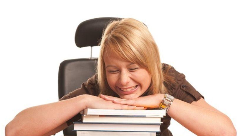 študent, študentka, prídavky, štipendium,...