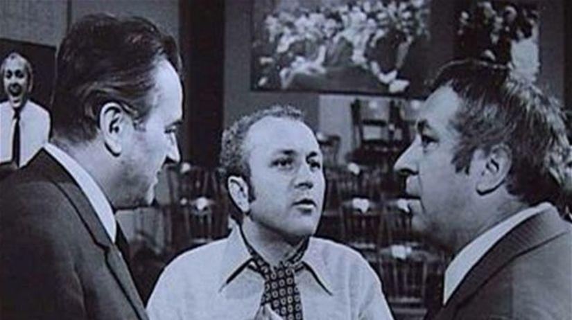 Režisér Ján Roháč (v strede) s Jiřím Sovákom a...