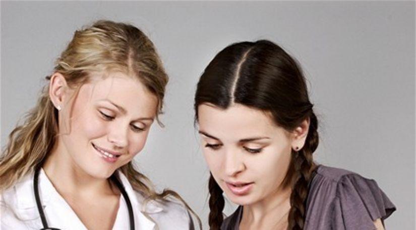 tehotná žena - lekárka - konzultácia