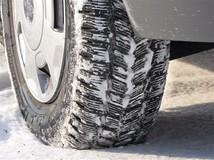 Na snehusmiete používať len zimné pneumatiky.