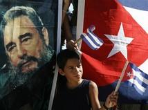 castro, kuba, diktatúra, chlapec, vlajka