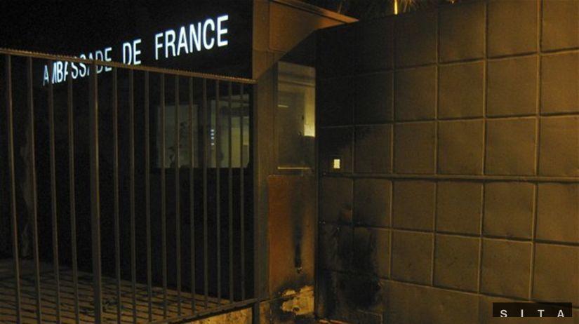 bomba, veľvyslanectvo, francúzsko