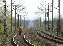 koľajnice, železnica, trať