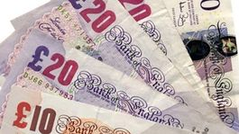bf4a1b37a Brexit už možno stiahol Britániu do recesie