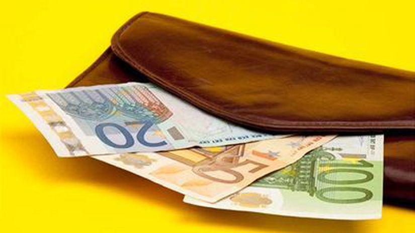 Peniaze, euro, peňaženka