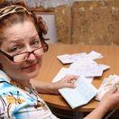 dôchodca, dôchodok, penzia, penzista, účty, poplatok, poplatky