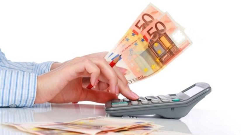 peniaze, kalkulačka, euro