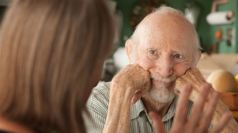 Alzheimerova choroba, starec, pacient, choroba,...