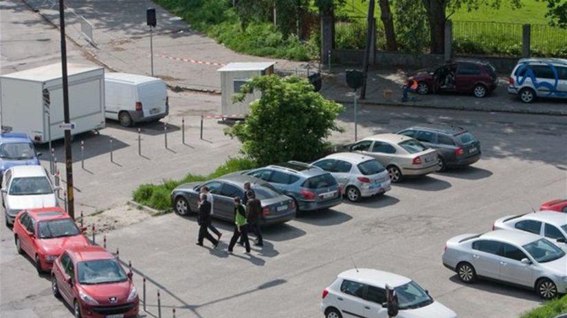 parkovisko, parkovné, autá