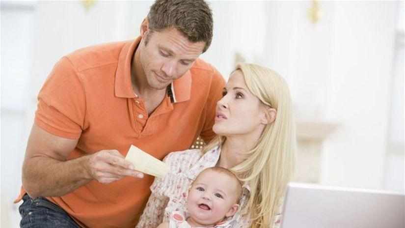 Rodičia, dieťa, rodičovské dávky