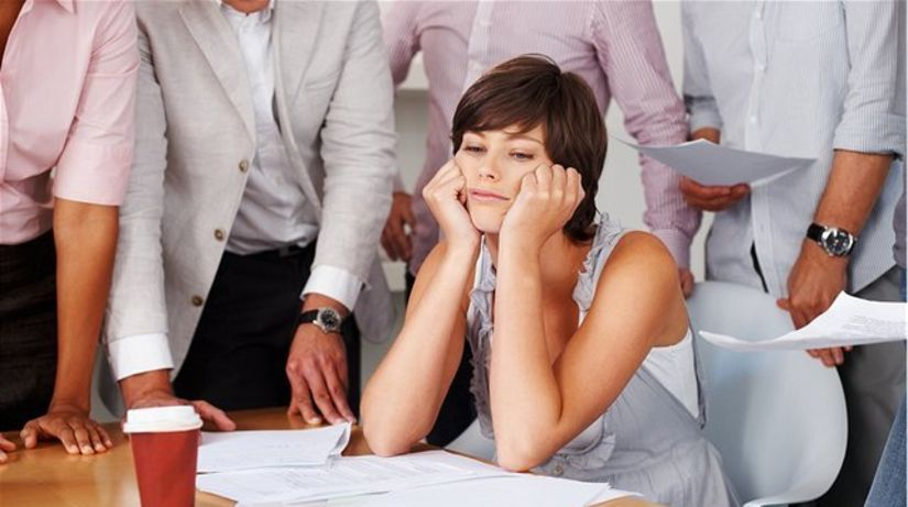 pracovný stres - kolektív - napätie - nervozita