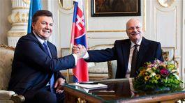 Janukovyč, Gašparovič