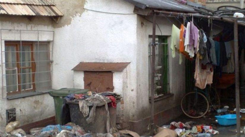 Malacky, Družstevná ulica, Rómovia