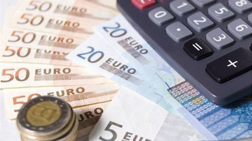 Euro, peniaze, kalkulačka