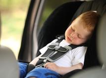 Pri výbere detskej autosedačky je kľúčová výška, nie vek dieťaťa