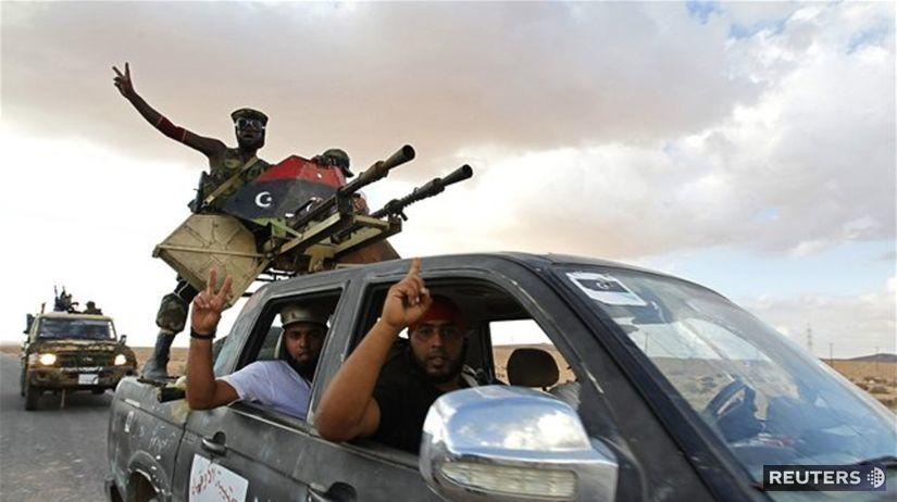 Líbya, povstalci