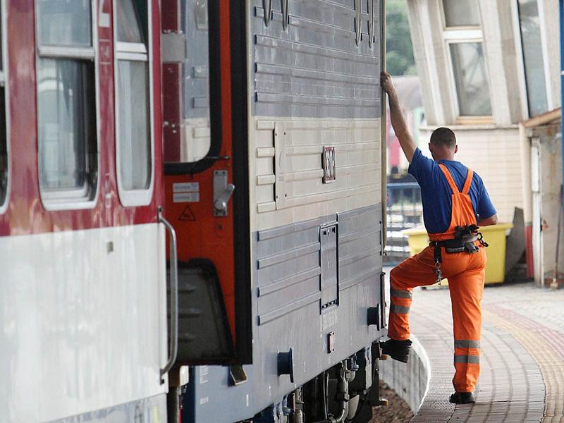 Stanica, vlak, železnica, doprava