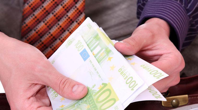 Plat, mzda, peniaze, euro