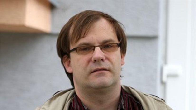Politológ, Juraj Marušiak