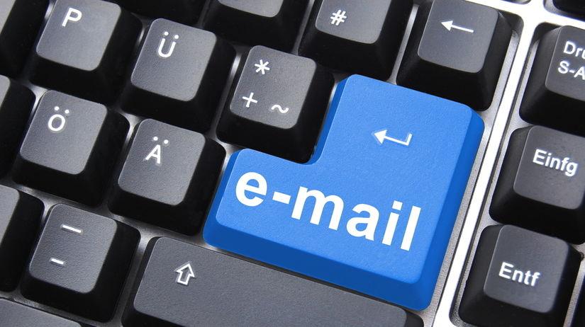 e-mail, pošta, poštová schránka, klávesnica,...