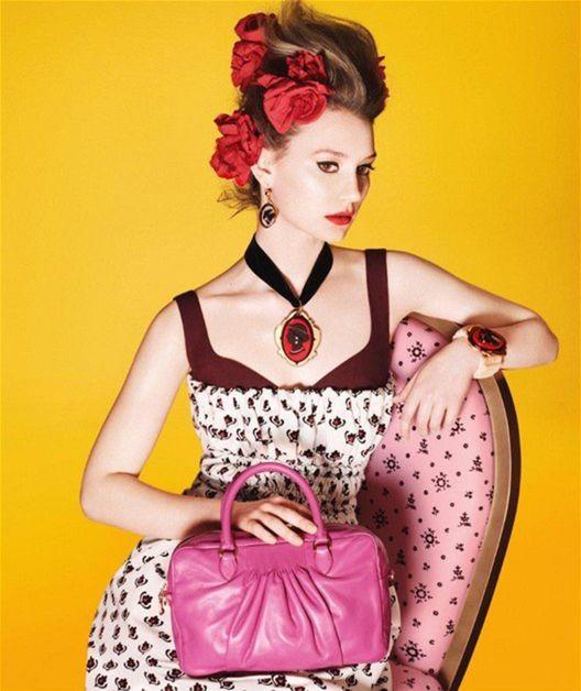 Alica v krajine módnej reklamy! Wasikovska pózuje. A nielen ona ... 5f46c106f03
