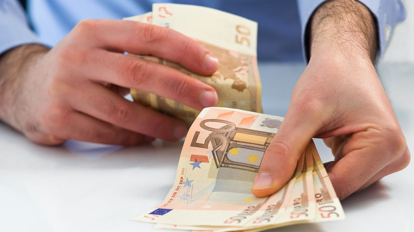 peniaze, výplata, mzda, dôchodok, vklad,...