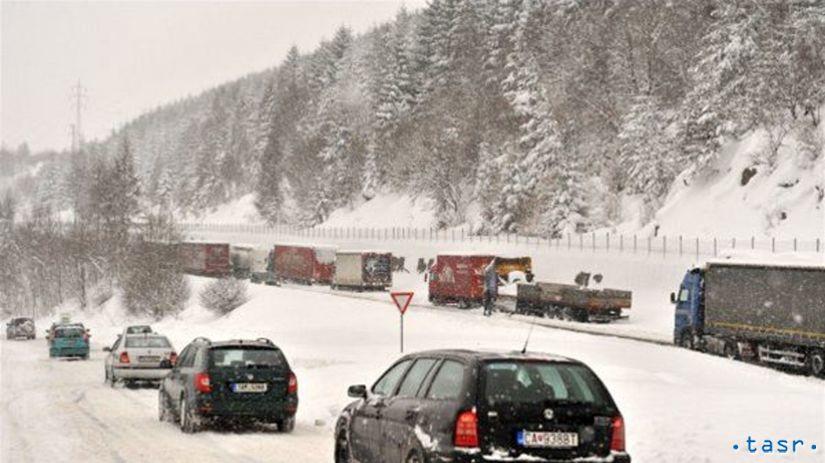 Svrčinovec, sneh, cesty, sneženie, kalamita