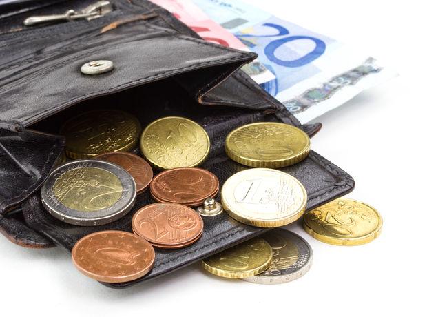 peniaze, peňaženky, úspory, dôchodok